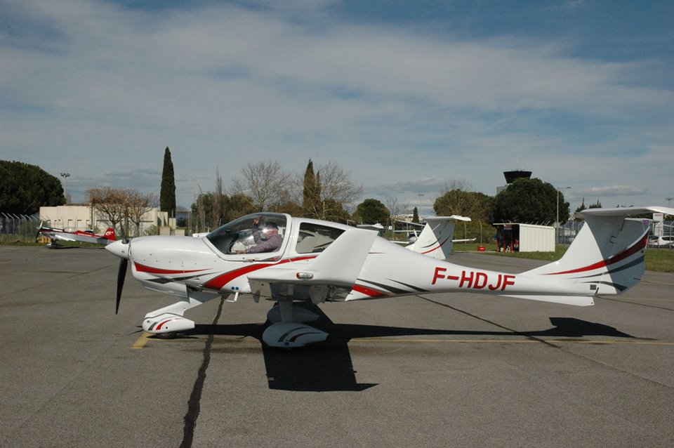 2015 DIAMOND AIRCRAFT DA 40NG