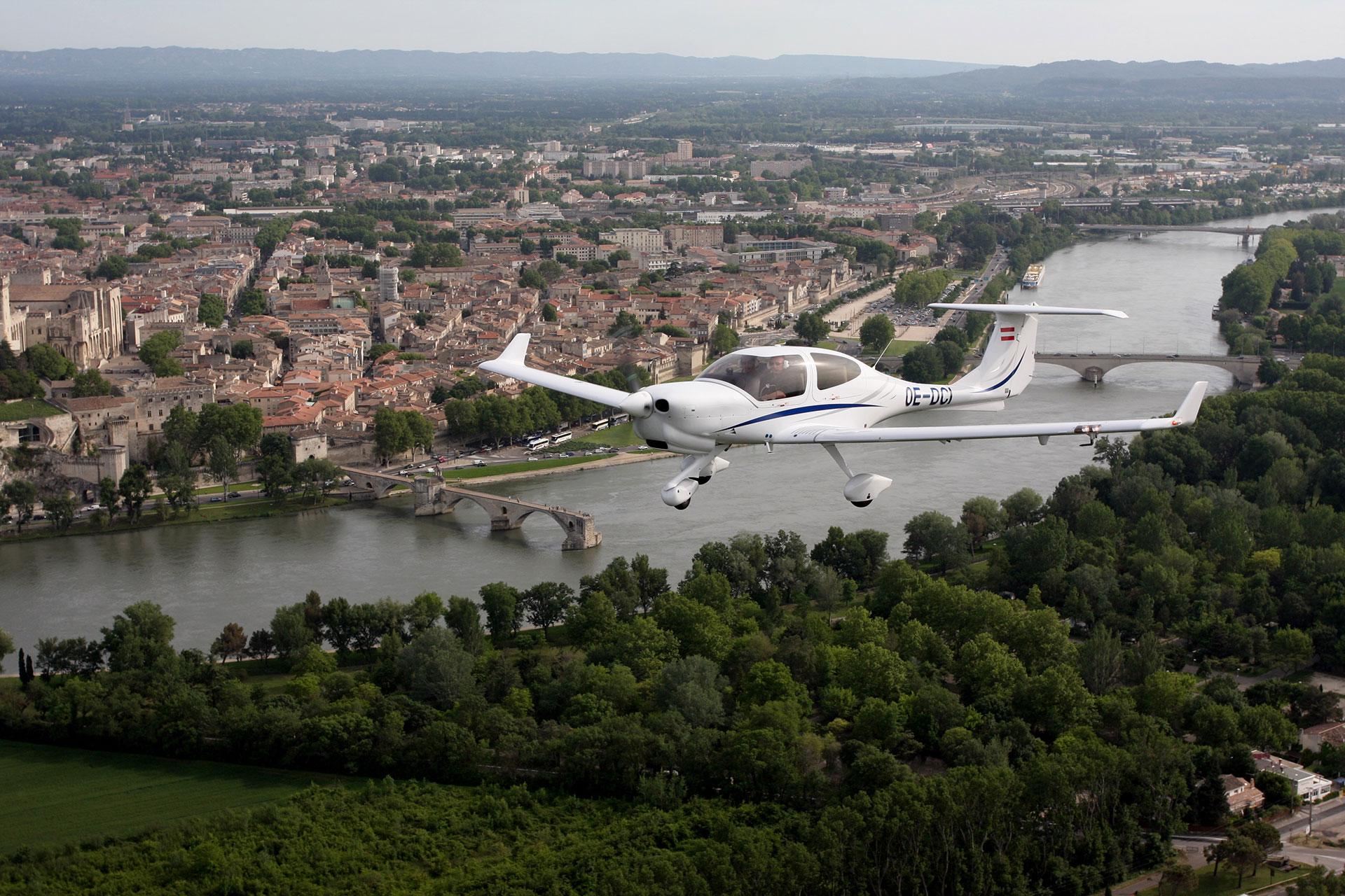 DA 40 - DIAMOND AIRCRAFT | ATA by Pelletier - Avignon