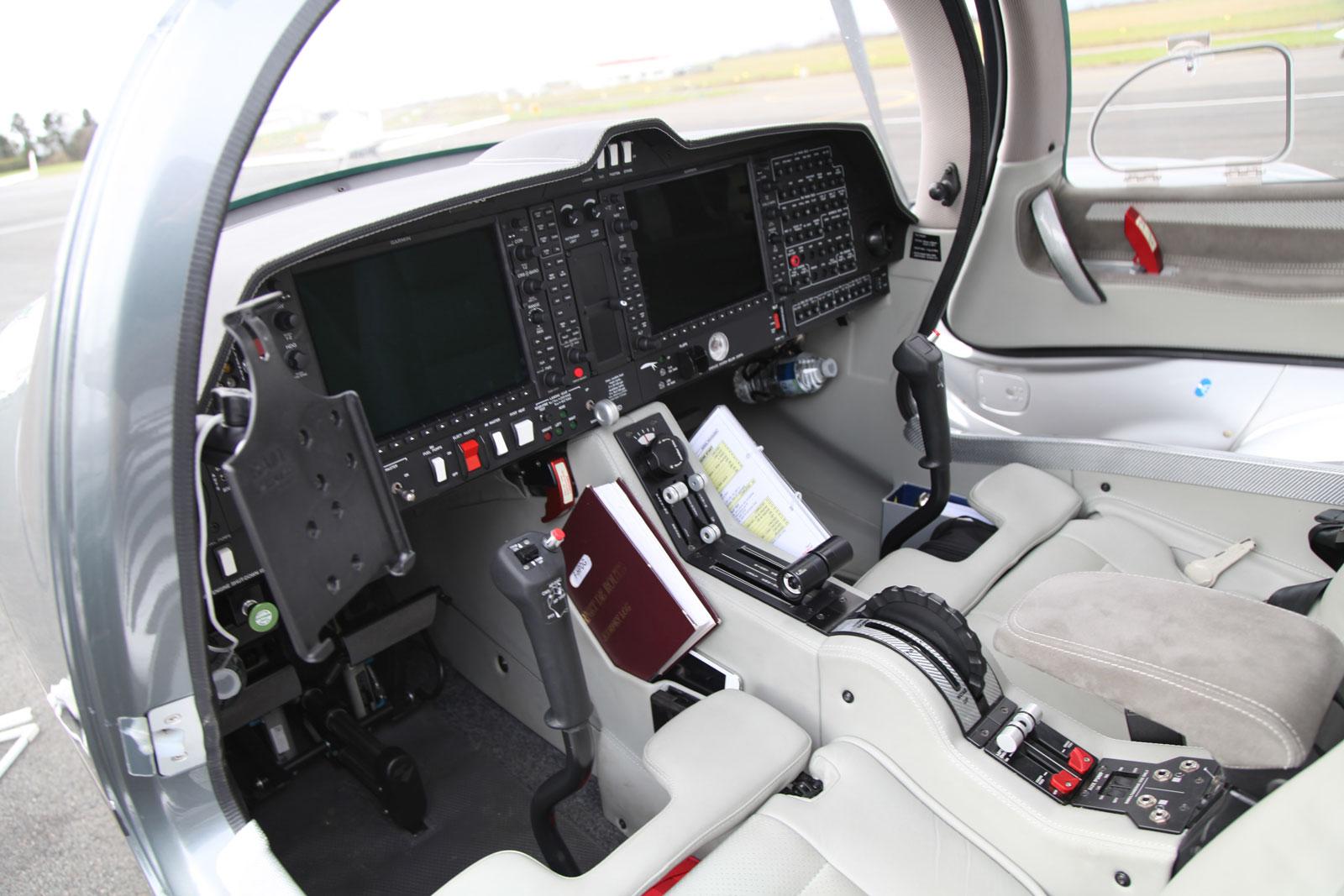 Avion d'occasion 2018 DA62 ATA by Pelletier à Avignon